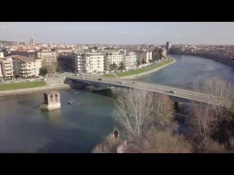 Verona, porta Catena o Porta Fura (riprese aeree con drone)