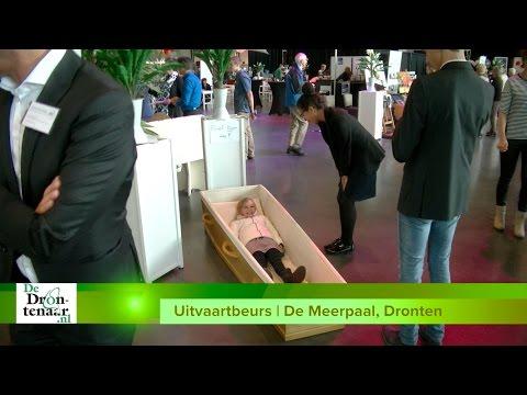 VIDEO | Tegen de duizend bezoekers bij eerste Flevolandse uitvaartbeurs in Dronten