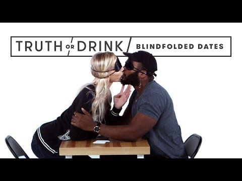 Blind(folded) Dates | Truth or Drink | Cut (видео)