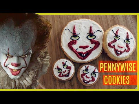 HOW TO DECORATE PENNYWISE CLOWN COOKIES WITH ROYAL ICING (from Stephen King's IT) | DIY
