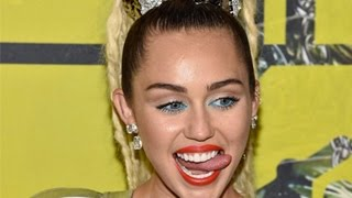 Miley Cyrus Worst & Embarrassing Moments   Smoking, Dancing & More