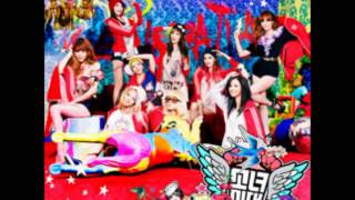 Girls' Generation (SNSD) - Look at Me