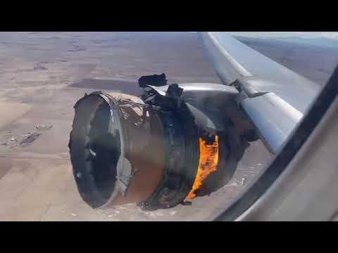 اشتعل المحرك في الهواء.. شاهد نجاة ركاب طائرة من موت محقق