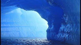 В Антарктиде обнаружили огромный тоннель