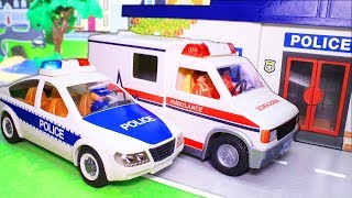 Машинки для мальчиков! Тест-драйв машины скорой помощи. Видео с игрушками