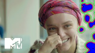 Olivia Cooke & Thomas Mann parlent de 'Me And Earl And The Dying Girl' pour  MTV News