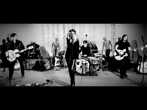 Be Still (Live Performance Video)