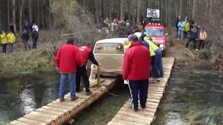preview picture of video 'Montes de Cuenca 2010 - Paso sobre el río Cabriel'