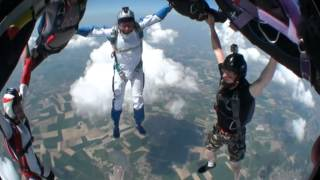 preview picture of video 'parachutisme lens'