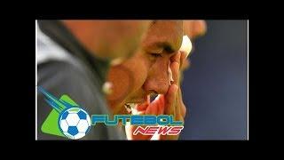 Futebol News - Exame descarta lesão grave, mas Firmino ainda é dúvida para jogo contra PSG, na Ch...
