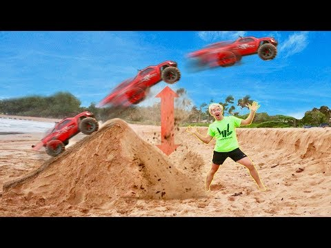 RC CAR BEACH JUMP!!