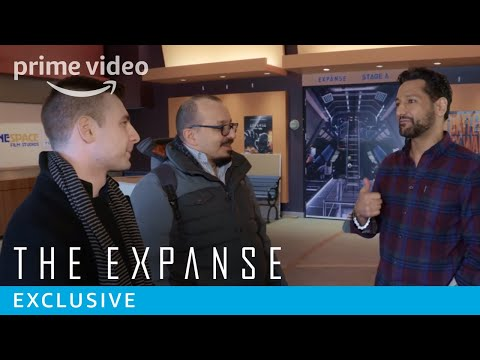 The fans that started the campaign that saved The Expanse get invited to visit the set and meet the actors
