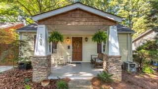 Craftsman-Style Bungalow In Popular Chantilly!