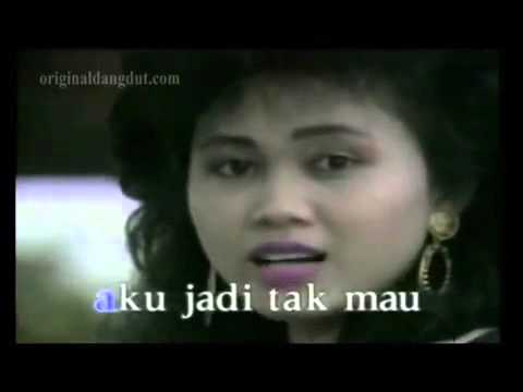 Gadis manja group   cinta karet original video clip   clear sound not karaoke