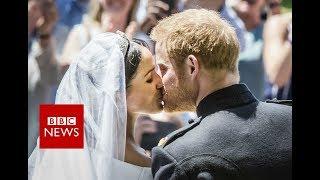 Royal wedding : Prince Harry and Meghan's first kiss - BBC News | Kholo.pk