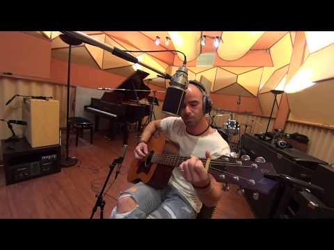 Haniel Cantante chitarrista acustico Prato musiqua.it