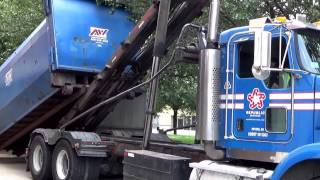 Republic Services Ex United Waste Management 3745~ Kenworth T800 American Rolloff