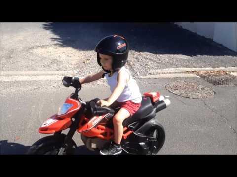 Moto électrique 24v (12v+12v)réplique mini moto ducati hypermotard peg perego minibike