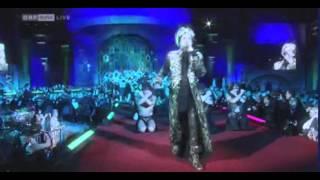 Adam Lambert UK Glamberts : Love Wins Over Glamour