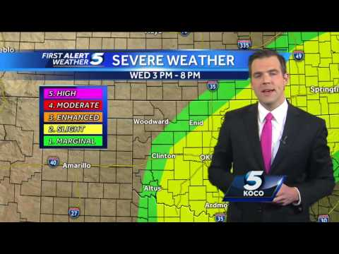 Meteorologist Brad Sowder details Monday's severe weather risk