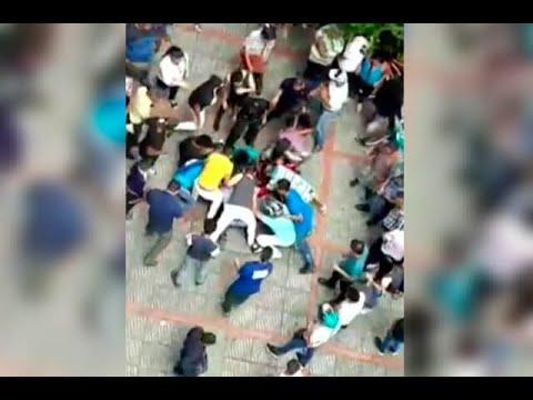 Mujer borracha lanzo dos millones de pesos por la ventana de una casa en Ibague