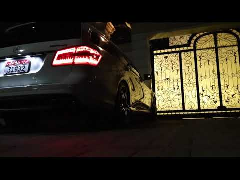 Mercedes CLS63 AMG M157 engine ticking sound 03 (D, R Gear