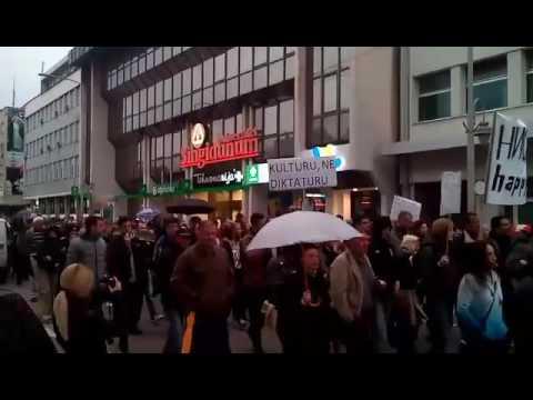"""Na protestu """"protiv diktature"""" postavili pitanje gradonačelniku Niša"""