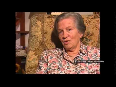 ניצולת השואה, לובה דז'לובסקי, מספרת על רצח האסירות ביום האחרון לצעדת המוות
