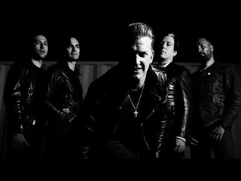 Queens of the Stone Age - FORTRESS (Instrumental Cover + Lyrics)