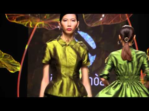 Le Thanh Hoa Showcase Vietnam International Fashion Week 2016
