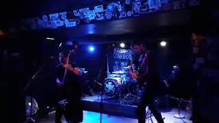 Video Kungpao Cowboys-Upside down live at 007.