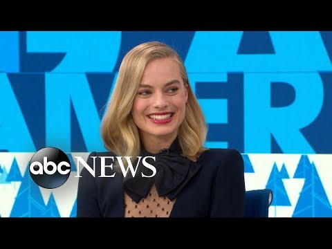 Margot Robbie stole her 90s hair scrunchies from the 'I, Tonya' movie set