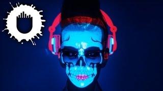 Fedde le Grand - Rockin' N' Rollin' (Official Video)