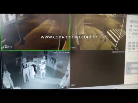 Bandido destrói loja e pratica furto