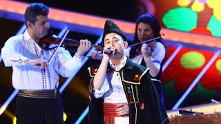 Interpretare de senzaţie! Marius Bîzgan cântă excepțional o melodie din repertoriul folcloric