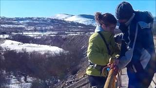 preview picture of video 'Puenting en rascafria con la mejor compañia :)'