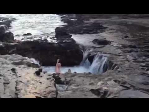 Video Toilet Bowl in Hawaii- DANGEROUS but Epic!