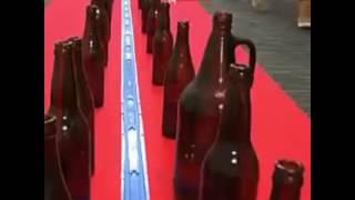 Смотреть онлайн Музыка сделана из стеклянных бутылок