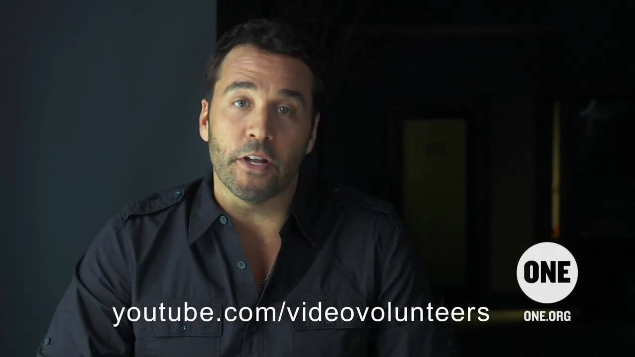 Join Jeremy Piven's Video Volunteers Entourage