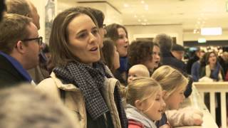 Gloria! - Flashmob der Berliner Stadtmission zum Advent