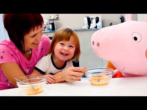 Бьянка и Свинка Пеппа - суп с буквами. Игры для детей с Машей Капуки
