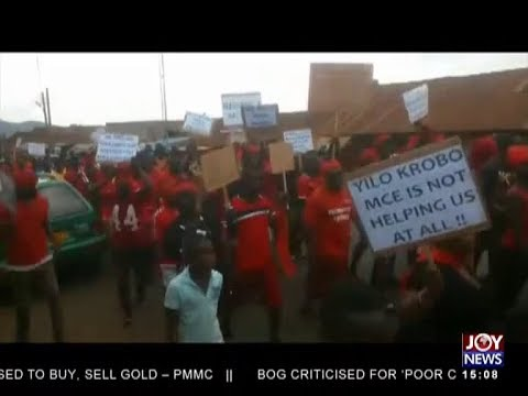 Krobo women demonstrate against government - The Pulse on JoyNews (9-8-18)
