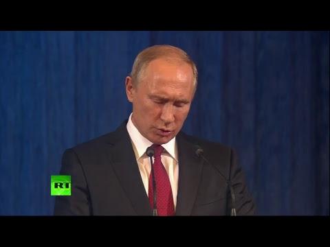 Владимир Путин поздравляет учителей с профессиональным праздником