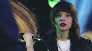 By The Throat (Live Sessions Studio) CHVRCHES