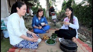 Hái lá Dong luộc ăn bữa cơm chiều - Hương vị đồng quê - Bến Tre - Miền Tây