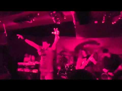 SickNest - Trapped Inside (live at SickFest 2013)