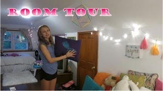 ROOM TOUR | How To Decorate A Huge ATTIC BEDROOM For Tweens | 2017