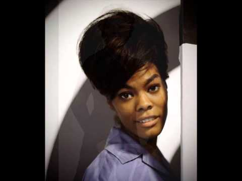 Dionne Warwick & Aretha Franklin - Walk On By (2 versions)