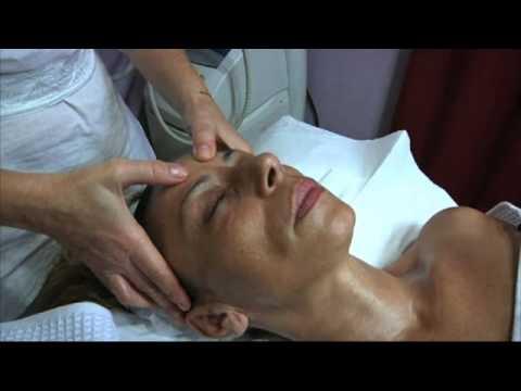 Un luogo di striscio con osteocondrosi cervicale
