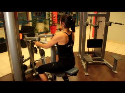 Ćwiczenia w dolnej części mięśnia piersiowego wideo